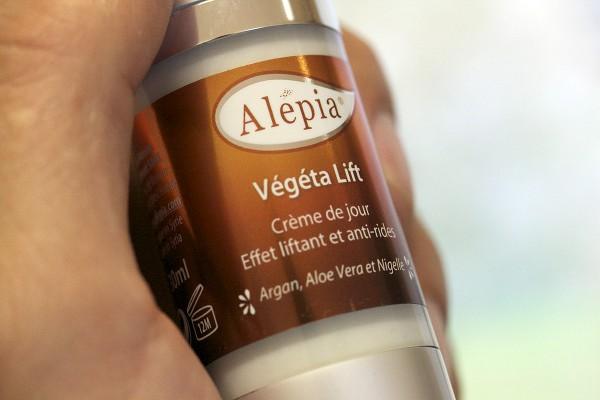 packaging-alepia-etiquette-effet-metal-2